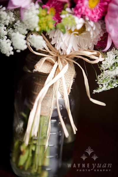 Burlap and Raffia wrapped Bouquet Handle