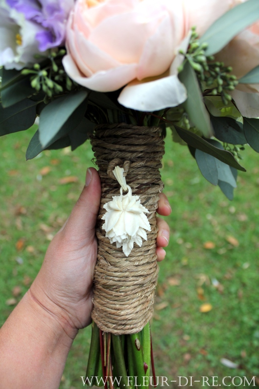 Bark Twine Wrapped Bouquet Handle